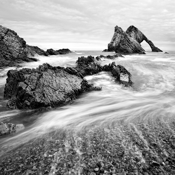 Bowfiddle rock, Portknockie